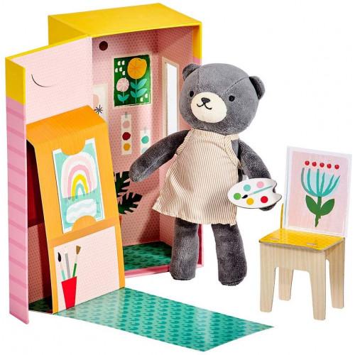 Petit Collage Plyšová medvědice v malířském studiu