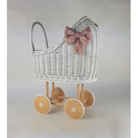 Proutěný kočárek pro panenky bílý s povlečením mix