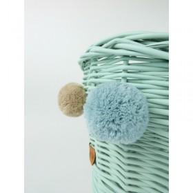Proutěná kolébka pro panenky s bambulkami - Máta/Přírodní