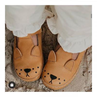 Dětské kožené botičky Donsje Amsterdam 🍋🍒 Teď se slevou 50 %🎉 .  Poslední kusy skladem❗ . . . . #detskeobleceni #detskyboty #boticky #prodeti #dnesnosim #sleva #akce #vyprodej #czechgirl #czechmom #maminka #baby_m_decor